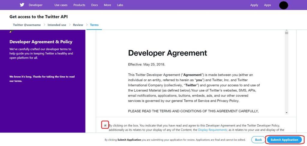 開発者の同意事項を読んでチェックボックスにチェックを入れて「Submit Application」をクリック。
